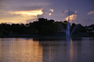Photograph - Purple Sunset And Blue Fountain by rd Erickson