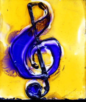 Music Paintings - Purple Treble Clef by Genevieve Esson