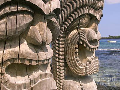 Kahuna Photograph - Puuhonua O Honaunau by Ron Dahlquist - Printscapes