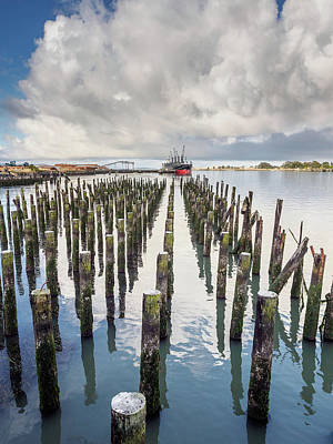Photograph - Pylons To The Ship by Greg Nyquist
