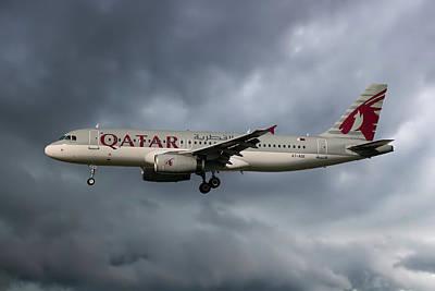 Airways Photograph - Qatar Airways Airbus A320-232 by Nichola Denny