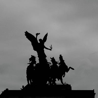 Photograph - Quadragia Atop Wellington Arch, London by Misentropy