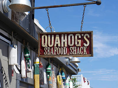Photograph - Quahogs Seafood Shack by Richard Reeve