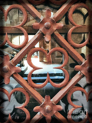 Photograph - Quatrefoil Design - Barcelona by Colleen Kammerer