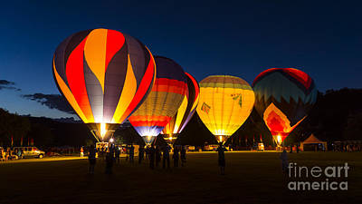 Photograph - Quechee Balloon Festivial by New England Photography