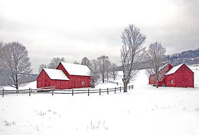 Quechee Barns In Winter Art Print
