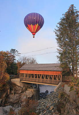 Photograph - Quechee Vermont Covered Bridge And Hot Air Balloon by John Burk