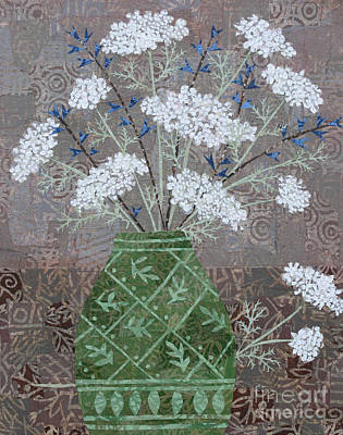 Mixed Media - Queen Anne's Lace In Green Vase by Janyce Boynton