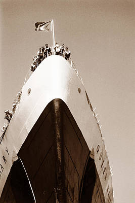 Photograph - Queen Mary 1950 by Marilyn Hunt