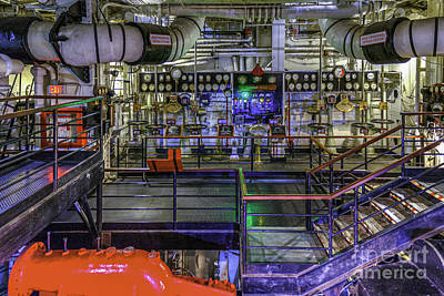 Photograph - Queen Mary Engine Room 2 by David Zanzinger