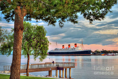 Photograph - Queen Mary Long Beach Ca by David Zanzinger