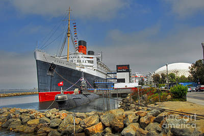 Photograph - Queen Mary Soviet Submarine B-427 by David Zanzinger