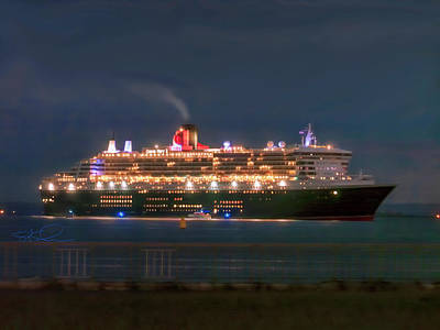 Photograph - Queen Mary Two by Steve Sahm