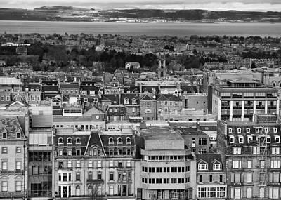 Photograph - Queen Street To The Forth by Adrian Pym