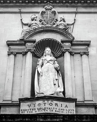 Photograph - Queen Victoria Statue On Facade Of Victoria Art Gallery In Bath by Jacek Wojnarowski