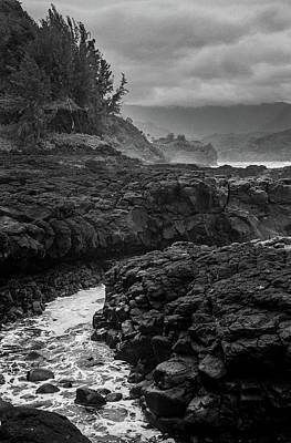 Photograph - Queens Bath Kauai by Lucian Capellaro