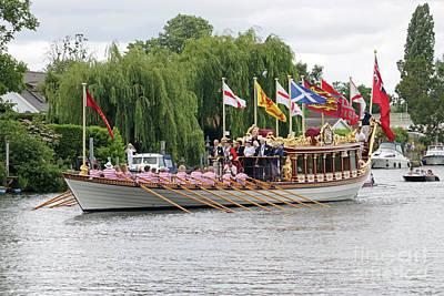 Photograph - Queen's Rowbarge Gloriana by Julia Gavin
