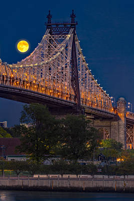 Photograph - Queensboro 59 Street Bridge Full Moon by Susan Candelario