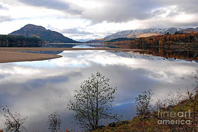 Photograph - Quiet Autumn Day - Loch Laggan by Phil Banks