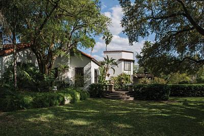Photograph - Quinta Mazatlan Is A Historical Adobe Mansion In Mcallen by Carol M Highsmith