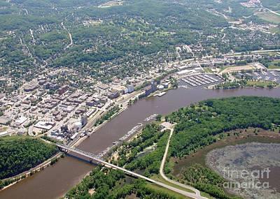 Photograph - R-009 Red Wing Minnesota by Bill Lang