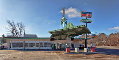 Photograph - R. W. Lindholm Service Station by Susan Rissi Tregoning