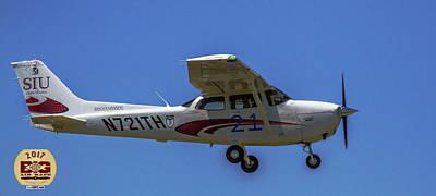 Photograph - Race 21 Fly By by Jeff Kurtz