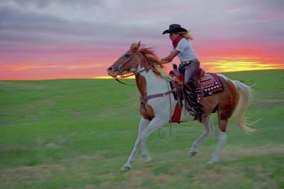 Photograph - Racing The Sunset by Amanda Smith
