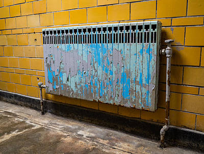 Photograph - Vintage Radiator by Denise McKay