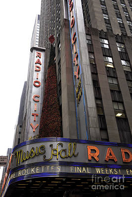 Photograph - Radio City Christmas Tree by John Rizzuto
