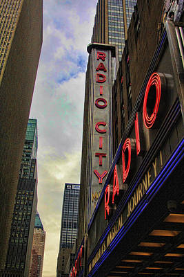 Chuck Kuhn Photograph - Radio City Ny by Chuck Kuhn