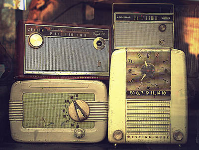 Photograph - Radio Deluxe by Joseph Skompski