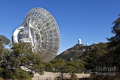 Vlba Photograph - Radio Telescope Antenna, Vlba, Arizona by Inga Spence
