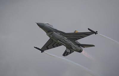 Photograph - Raf Scampton 2017 - F-16 Fighting Falcon by Scott Lyons