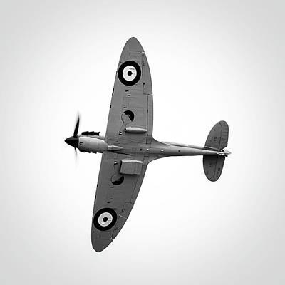 Design Turnpike Books - RAF Spitfire by Rick Deacon