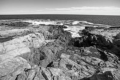 Photograph - Rafe's Chasm Gloucester Ma North Shore Black And White by Toby McGuire