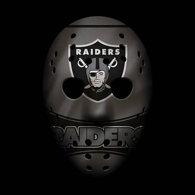 Photograph - Raiders War Mask 2 by Joe Hamilton