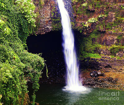Photograph - Rainbow Falls Iv by Patricia Griffin Brett