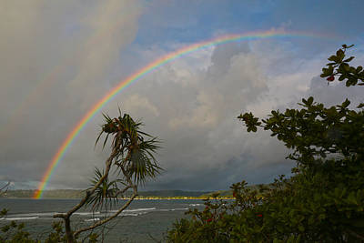 Photograph - Rainbow Over Hanalei Bay by Jim Vance