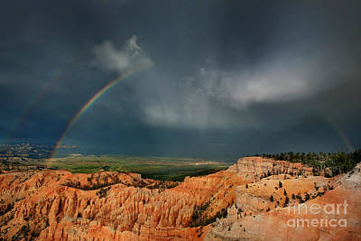 Photograph - Rainbow Over Hoodoos Bryce Canyon National Park Utah by Dave Welling