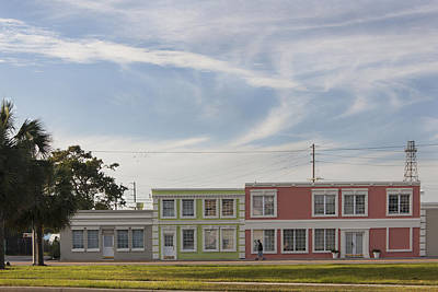Photograph - Rainbow Row - Myrtle Beach South Carolina by Suzanne Gaff