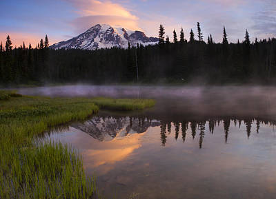 Lenticular Photograph - Rainier Lenticular Sunrise by Mike  Dawson
