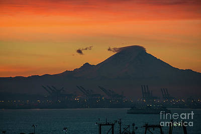 Photograph - Rainier Sunrise Lenticular Cloud by Mike Reid