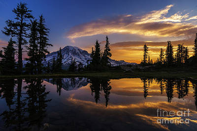 Lenticular Photograph - Rainier Sunrise Reflection #2 by Mike Reid