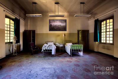 Photograph - Rave In The Grave Interior Design by Terri Waters