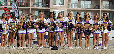 Photograph - Raven's Cheerleaders On The Beach by Robert Banach