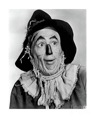 Photograph - Ray Bolger As The Scarecrow In The Wizard Of Oz by Doc Braham