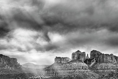 Flagstaff Wall Art - Photograph - Ray Over Bell Rock by Jon Glaser