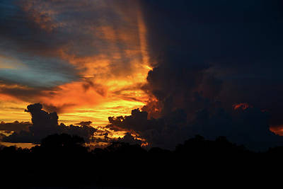 Photograph - Rays Of The Sun by David Lee Thompson