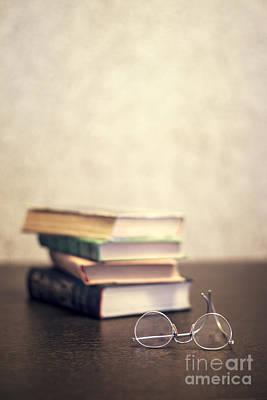 Read Photograph - Read by Evelina Kremsdorf